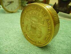 VINTAGE SEIKO SAN FRACISCO TWENTY DOLLAR EAGLLE GOLD COIN DESK CLOCK QQQ546G