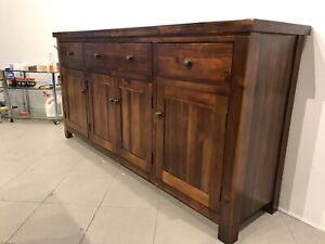 Big good condition solid wooden buffet with 3 drawers metal runners