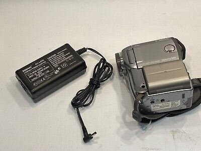 Canon Optura 300 MiniDV Camcorder With Battery And Charger