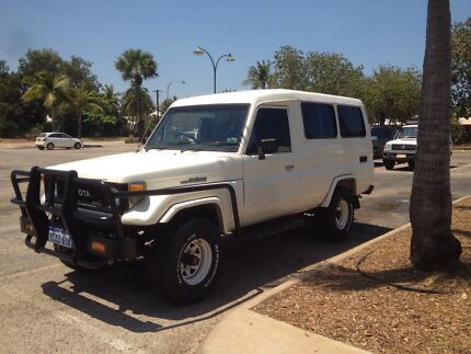 11 seater Toyota Landcruiser Diesel Manual Broome 6725 Broome City Preview