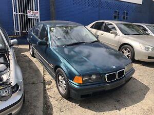 BMW E36 323i 1997 sedan automatic green now wrecking Northmead Parramatta Area Preview