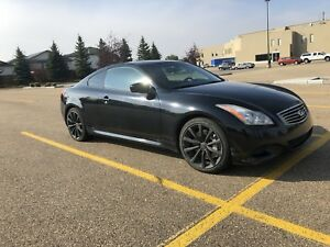 2008 Infiniti G37s Coupe - 99km Immaculate condition