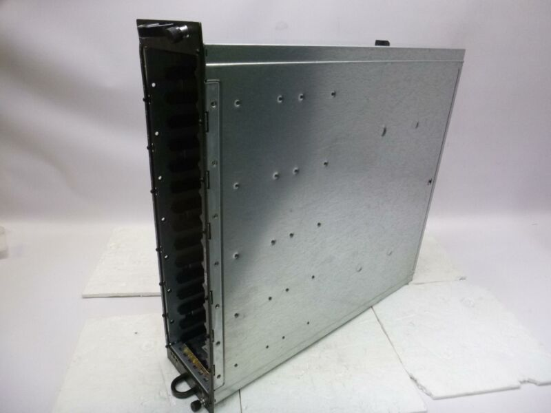 Dell AMP01 PowerVault MD1000 SAN Storage Array / 2x AMP01-SIM Module#