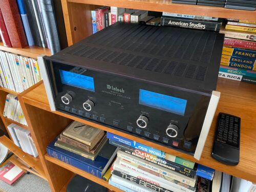 McIntosh MA6500 Integrated Amplifier - 120WPC - With Phono Input - Excellent!