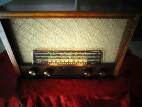 vintage PHILIPS 924 tube shortwave radio