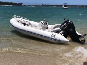 Zodiac Yachtline 420 Rib With 50Hp Evinrude Etec Excellent Condt
