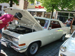 Opel-diplomat-a-v8-coupe