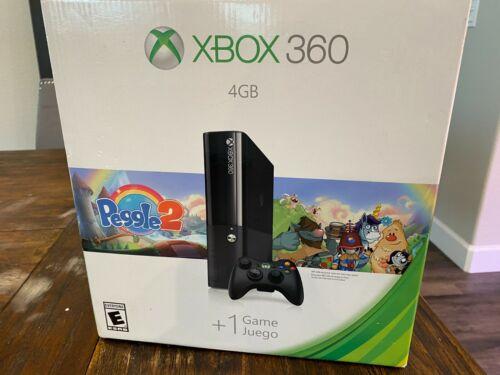 Xbox+360+4GB+System+Console+%281538%29+w%2F+Peggle+2+Bundle+