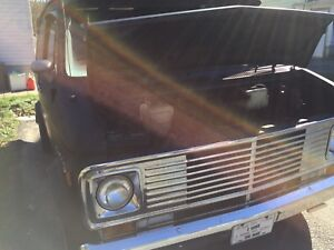 Wanted: headers for a 1977 Chevy g10 van