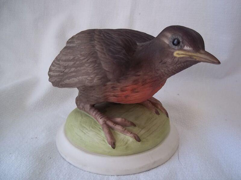 BOEHM Porcelain HP Baby Robin Bird Figurine # 437 EXQUISITE DETAIL