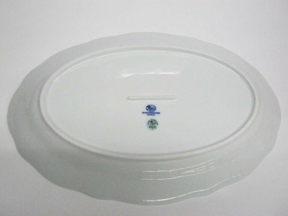 Platte oval  und weitere Geschirrteile Zwiebelmuster **NEU** in Reisbach