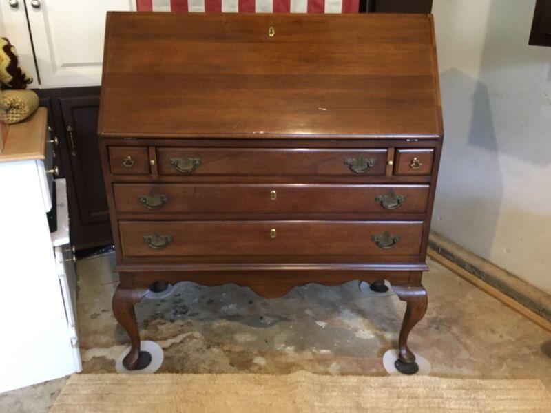 Mid-Century Vintage Kroehler Desk
