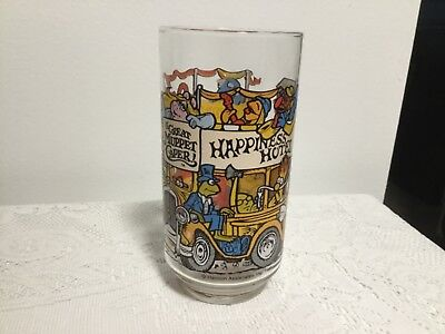 THE GREAT MUPPET CAPER GLASS 1981 MCDONALDS CUP HAPPINESS HOTEL GLASS 12OZ