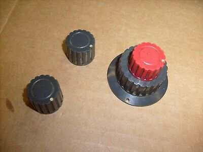 Tektronix Type 561a Oscilloscope - 2b67 Time Base - 3 Lot Original Knobs