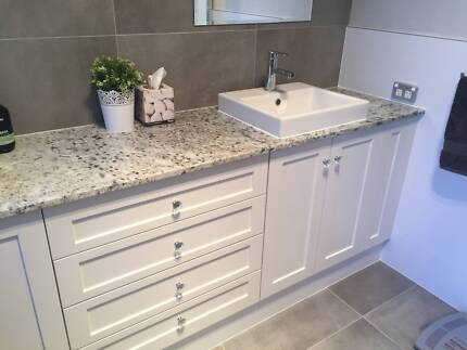Vanity stone bench tops for every budget!