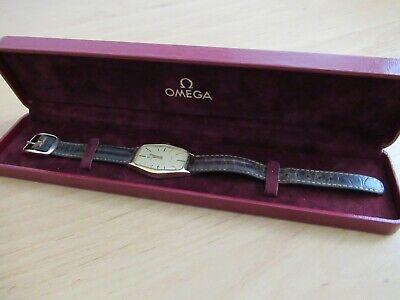 Omega Deville Gents Vintage Dress Watch in 18ct Solid Gold.