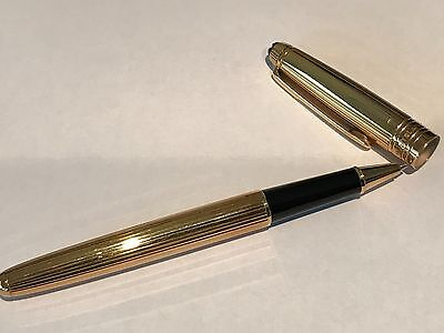 18K SOLID YELLOW GOLD MONTBLANC MEISTERSTUCK ROLLERBALL PEN