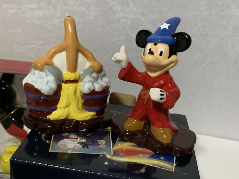 Disney Fantasia MICKEY MOUSE Salt and Pepper Shaker Set NEW In Box Ships FAST
