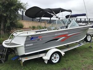 IMMACULATE 2010 QUINTREX 570 FREEDOM CRUSER