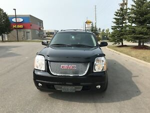 2007 Yukon Denali xl HEAD TURNER!!!!