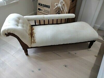 Chaise Longue with dark wood carved detail