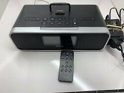 iHome (iD92) Speaker Docking Station / Alarm Clock for Older Model iPods