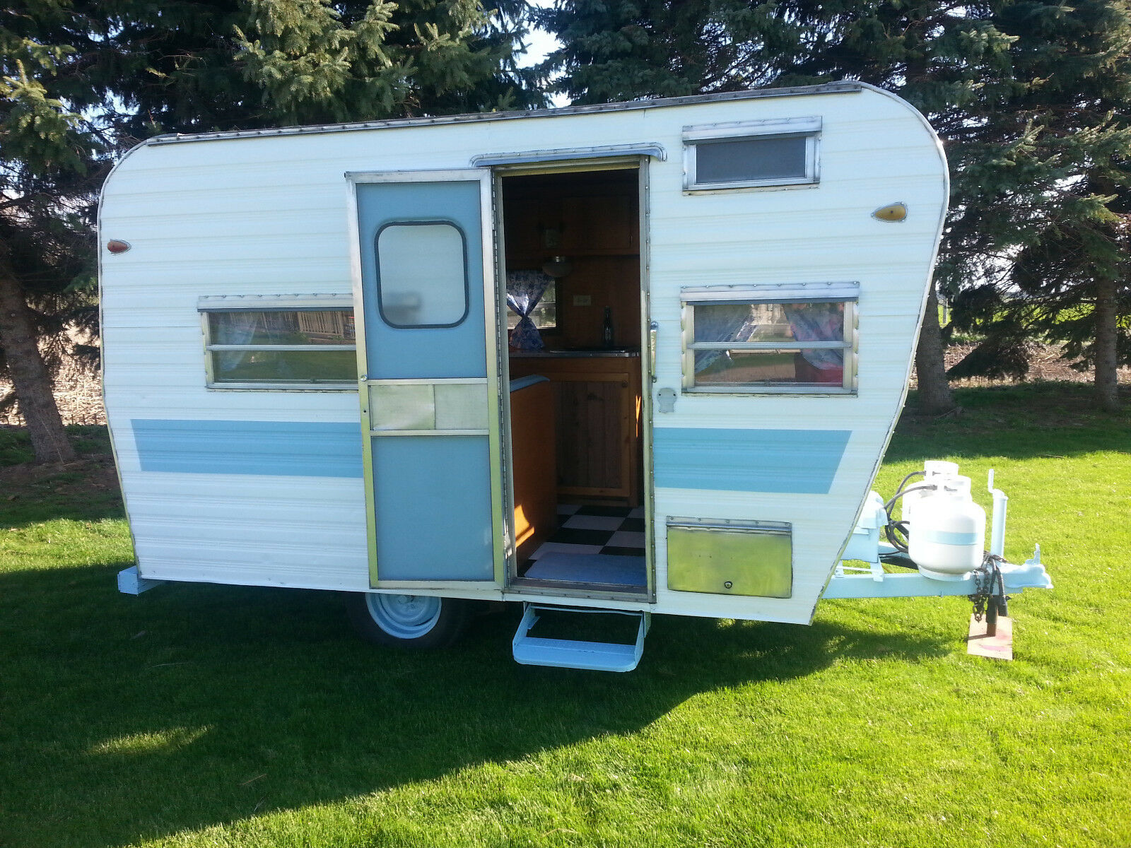 Vintage 1966 Avalon Travel Trailer  Great Condition  No