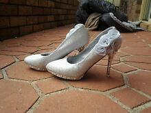 Size 9 wedding shoes St Helens Park Campbelltown Area Preview