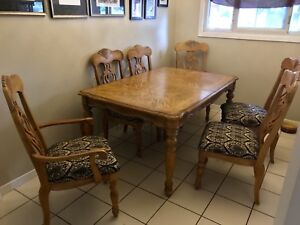 Beautiful pacific oak dining room table