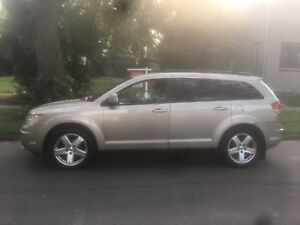 2009 Dodge Journey SXT 7 Passenger DVD