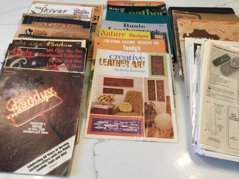 Old Tandy Catalogs,Leather Art Books,Loose small projects Patterns, Sold As Is