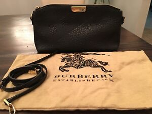 Burberry leather crossbody/clutch bag (AUTHENTIC)