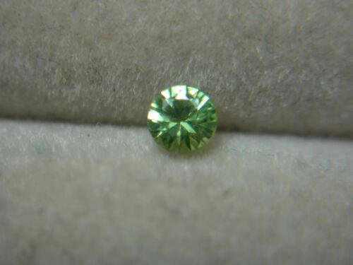 rare Russian Green Demantoid Garnet Natural gemstone Russia Diamond Cut rd09