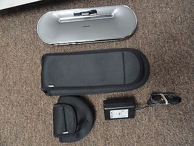 Philips iPhone iPod Transportable Docking Speaker and Charger w/ Carry Case DS7550/17