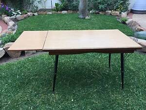 retro laminex extendable table brown wood grain Beaconsfield Fremantle Area Preview