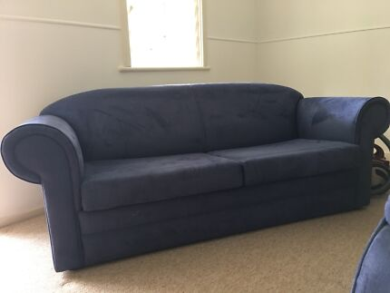 Sofa bed - fold out (need gone) bargin