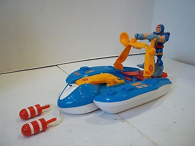 "FISHER PRICE RESCUE HEROES QUICK RESPONSE WATER CRAFT AND ""GILL GRIPPER"" DIVER"