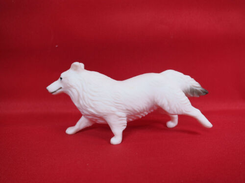 BREYER TRADITIONAL-Companion Animal White Shetland Sheep Dog-From Protocal Set