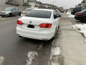 Vw jetta 2013 COMFORTLINE 2.0 fuel efficient.