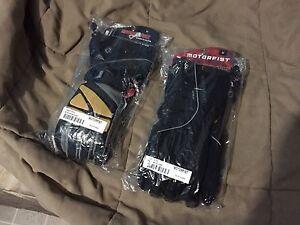 2 pairs of Brand new Motorfist Gloves
