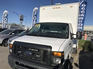 2012 Ford Econoline Commercial Cutaway cube 12