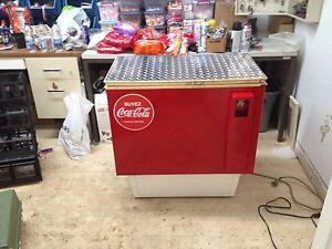 Machine à liqueur et pringle