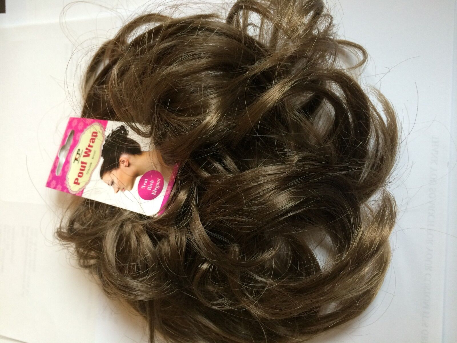 how to put on a fake hair scrunchie