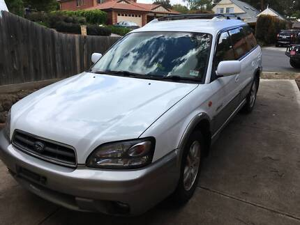 SUBARU OUTBACK GEN 2 DOORS   EXCELLENT CONDITION
