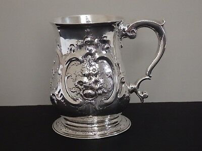 ANTIQUE GEORGE II STERLING SILVER PINT MUG / TANKARD - LONDON 1751 - 295g