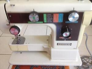 JANOMIE SEWING MACHINE Liverpool Liverpool Area Preview