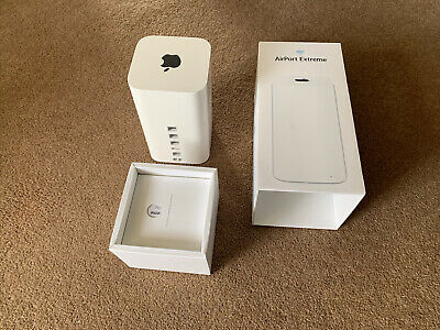 Apple Airport Extreme 6th Generation ME918B/A 1331 Mbps Wireless AC Router