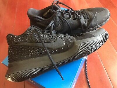Nike Kyrie 3 Basketball Shoes Size 11
