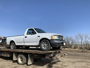 02 Ford F-150 for parts