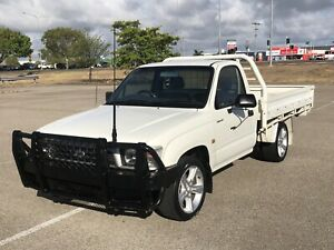 TOYOTA HILUX 4x2 DROPSIDE UTE